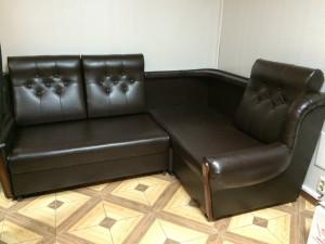 Ремонт кожаного углового дивана